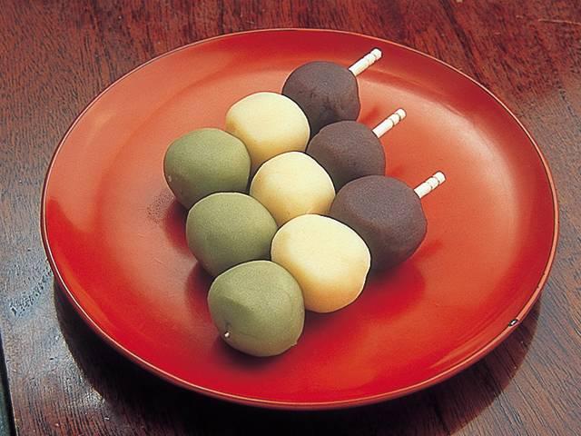 坊っちゃん団子は道後温泉名物!夏目漱石も愛した和菓子!値段・カロリーなど