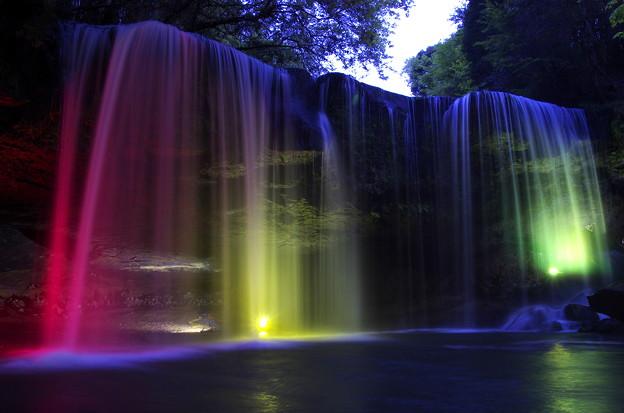 鍋ヶ滝がライトアップ!熊本のCMで有名!アクセス・駐車場・周辺観光も紹介