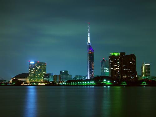 福岡の夜景を見るならココ!ドライブやレストランでディナー中も楽しめる!