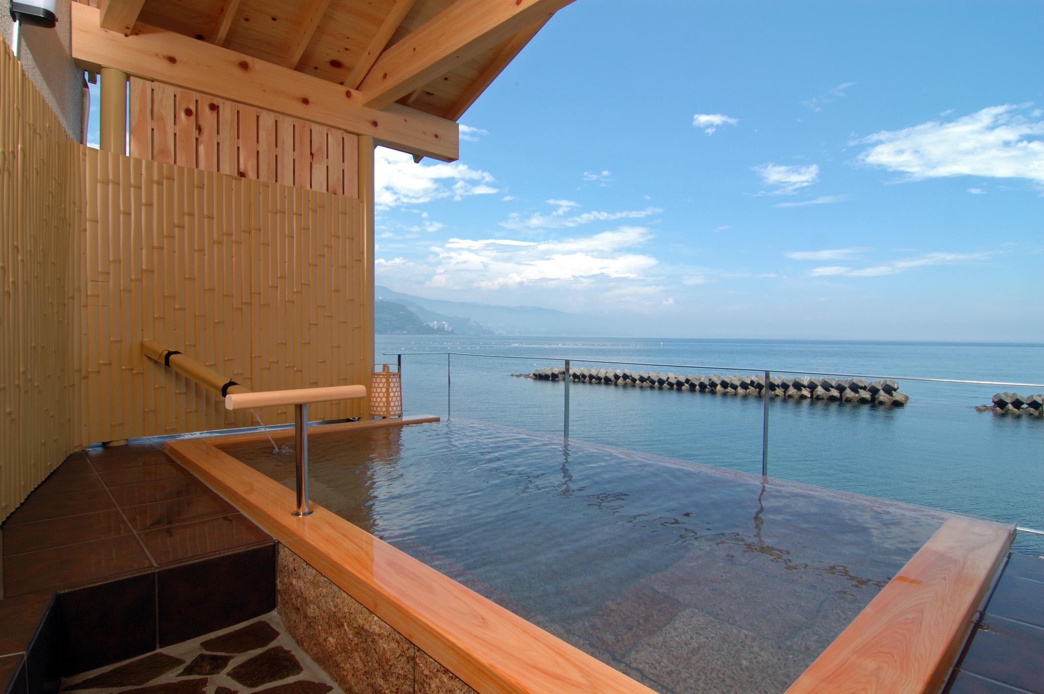 伊豆の日帰り温泉ランキング!個室や絶景が有名な施設・海が見える温泉も!