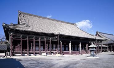 京都西本願寺の魅力!おすすめの観光スポットも一挙ご紹介!