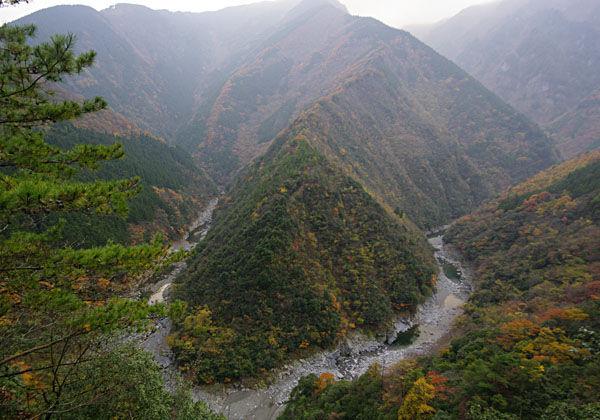 祖谷渓の観光は秘境を満喫!おすすめスポットや宿泊情報も満載!