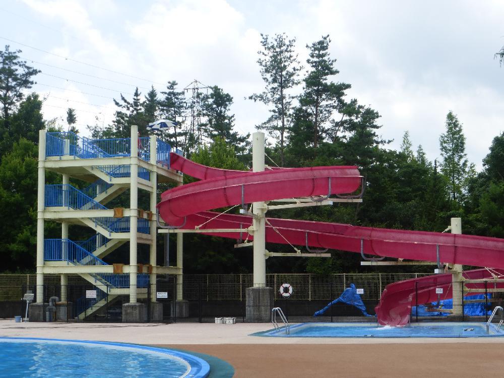 ロクハ公園プールが大人気!子供とバーベキューも!駐車場はある?