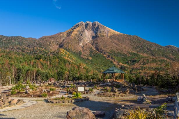 日光白根山ロープウェイ山頂駅は紅葉が最高!登山で雄大な景色に子供も感動!