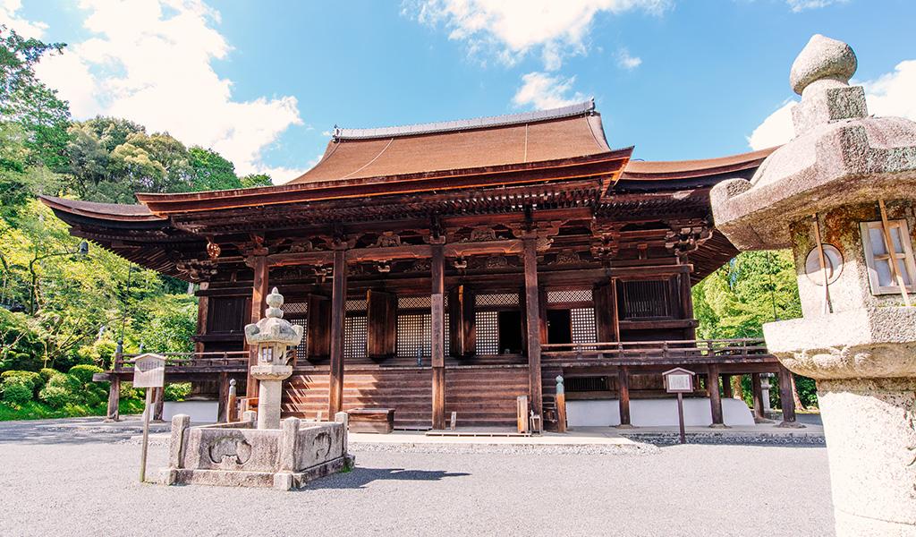 三井寺観光まとめ!御朱印が頂けて桜や紅葉も美しい!琵琶湖が望める絶景も