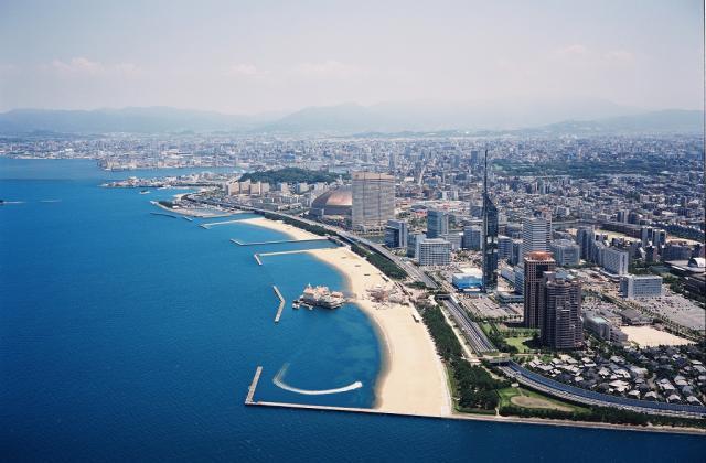 宮崎から福岡へサンマリンライナーなど高速バスか飛行機か?料金・時間を比較