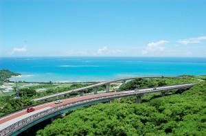 沖縄南部観光特集!観光地をドライブして自然の魅力を楽しもう!