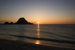 湯野浜温泉は日本海の美しい夕陽を見られる!おすすめ宿や日帰り温泉も!