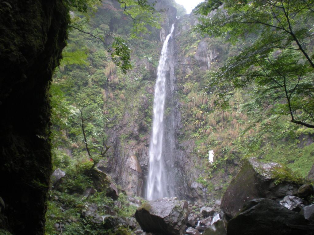 群馬で滝を見る!おすすめの有名な名所は?滝行も出来る場所も紹介!