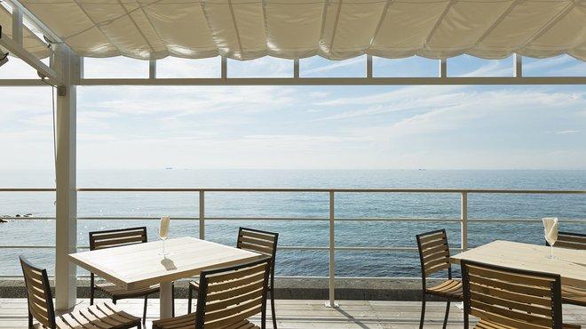 淡路島人気カフェ!おすすめの海沿いにある絶景が楽しめるお店も!