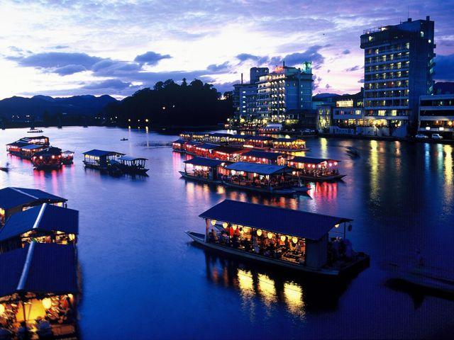 日田市観光おすすめスポットをご紹介!人気の屋形船やビール工場も