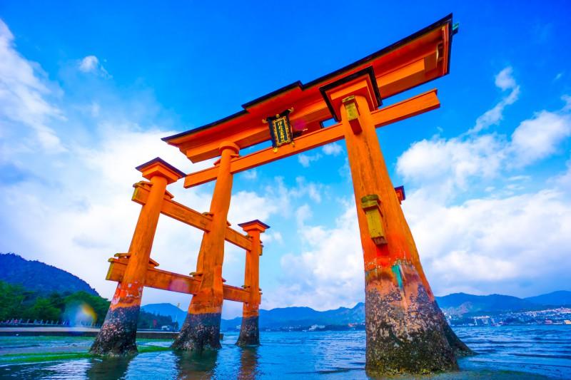 厳島神社に参拝しよう!縁結び、健康に効果あり!消えずの火とは?