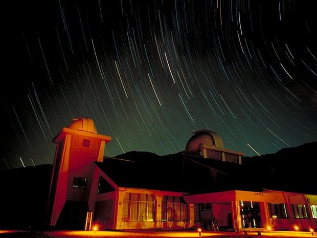 さじアストロパークの星のコテージに宿泊して天体観測!アクセスは?