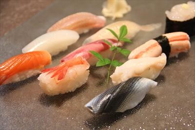 富山寿司屋ランキング人気店9!回転寿司やミシュランも認めた美味しい店もあり!