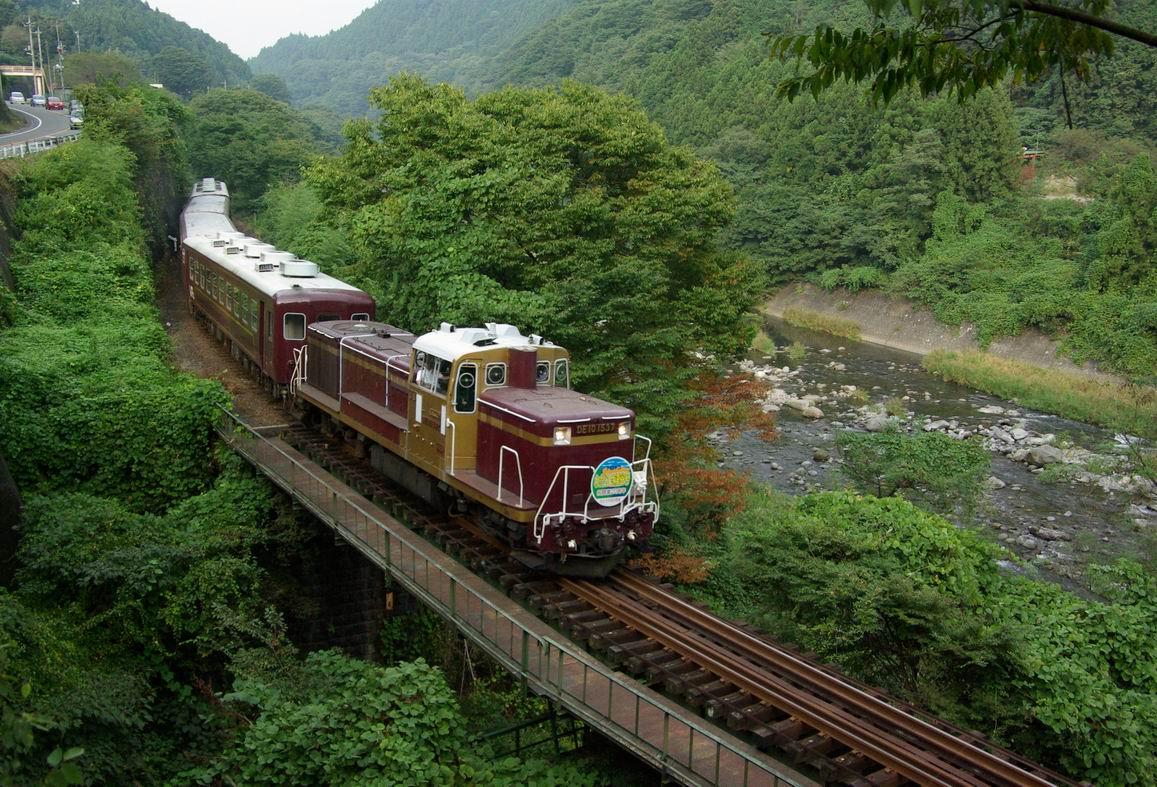 わたらせ渓谷鉄道でトロッコに乗ってみよう!桜満開!列車の旅は何処から乗るの?