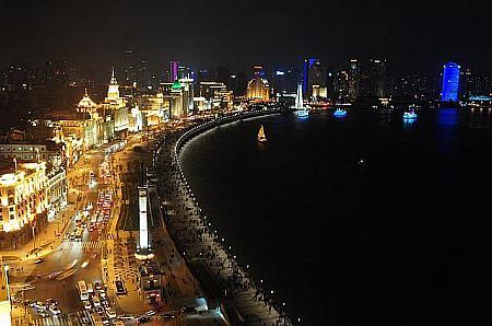 上海の夜景おすすめスポット!ルーフトップバーやクルーズも紹介!
