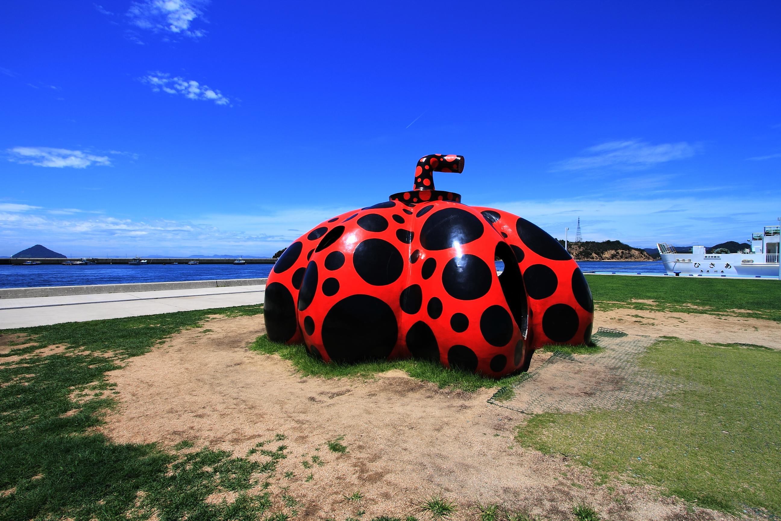 香川・直島観光のモデルコースは?所要時間・宿泊・日帰りなどプランを紹介!