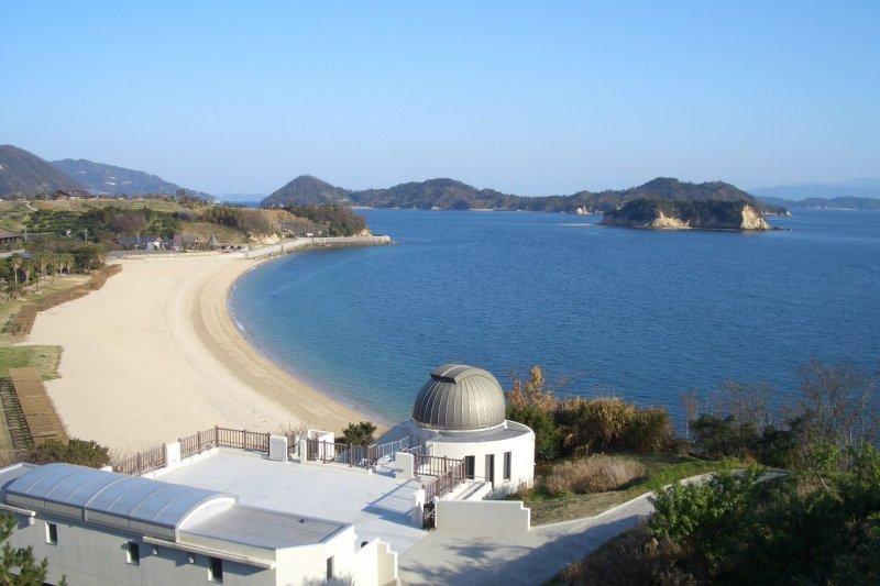 県民の浜は温泉に宿泊・キャンプまで!瀬戸内海を満喫できる魅惑のスポット!