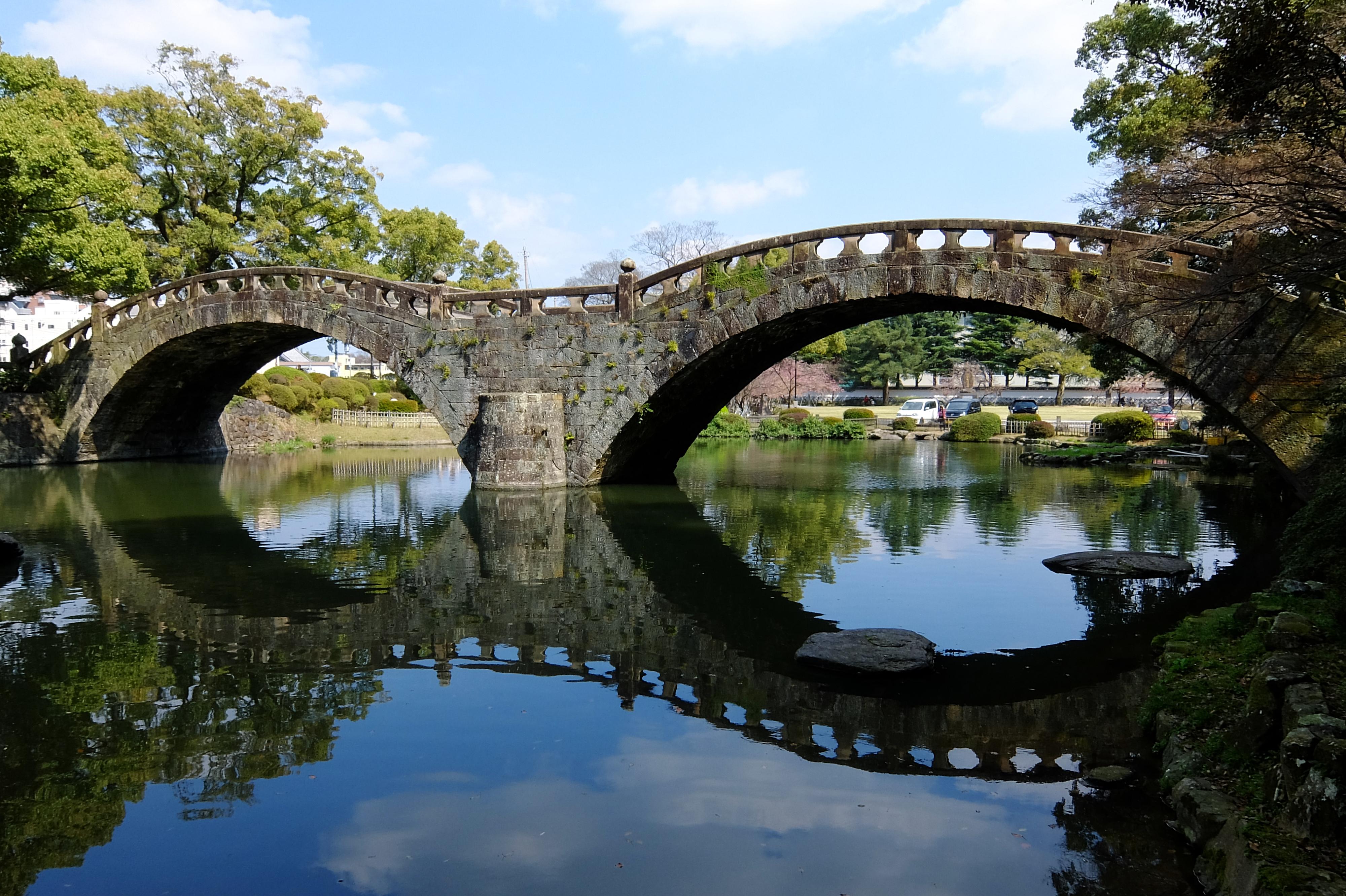 長崎「眼鏡橋」のハート石はどこ?見所や人気のカフェやランチを紹介!