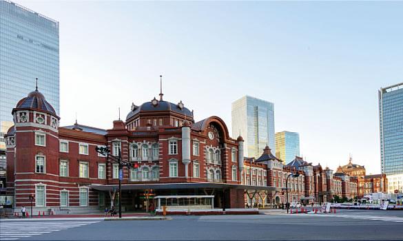 東京駅周辺の女子会におすすめの店11選!おしゃれで安い!個室があるのは?