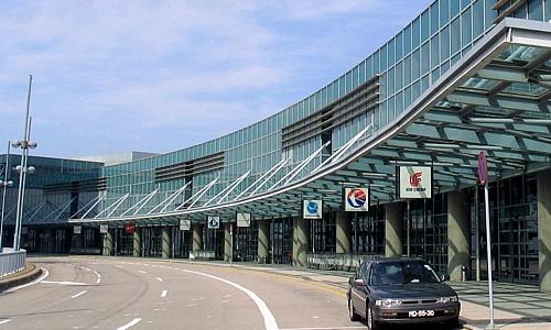 マカオ空港へシャトルバスで行こう!免税店で人気のお土産やラウンジもご紹介