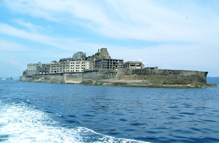 軍艦島のツアーやコンシェルジュを10倍楽しむ!映画のロケ地にも上陸!