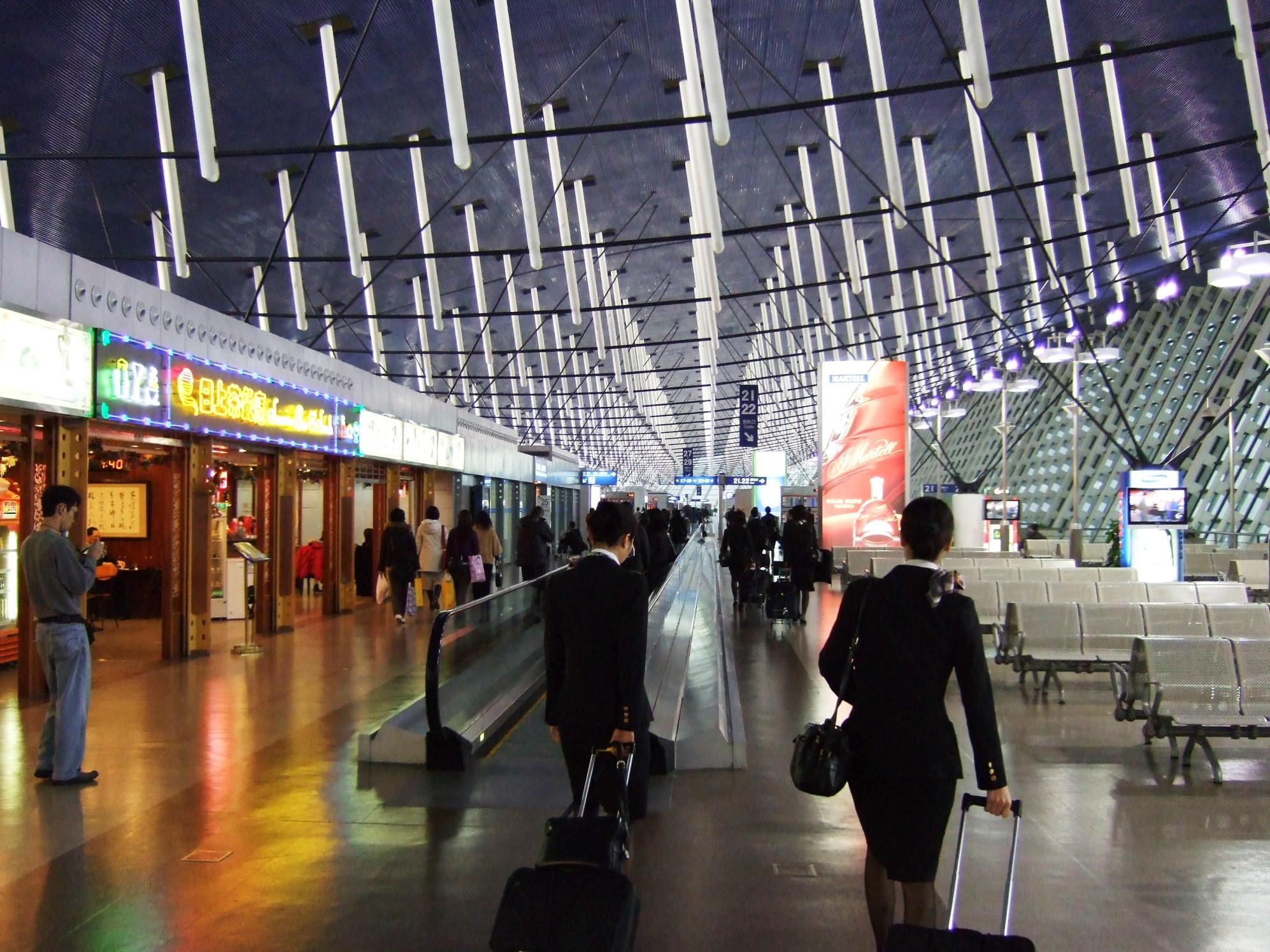 上海浦東(プードン)国際空港・ターミナル攻略法!乗り継ぎ・ラウンジ・免税店!