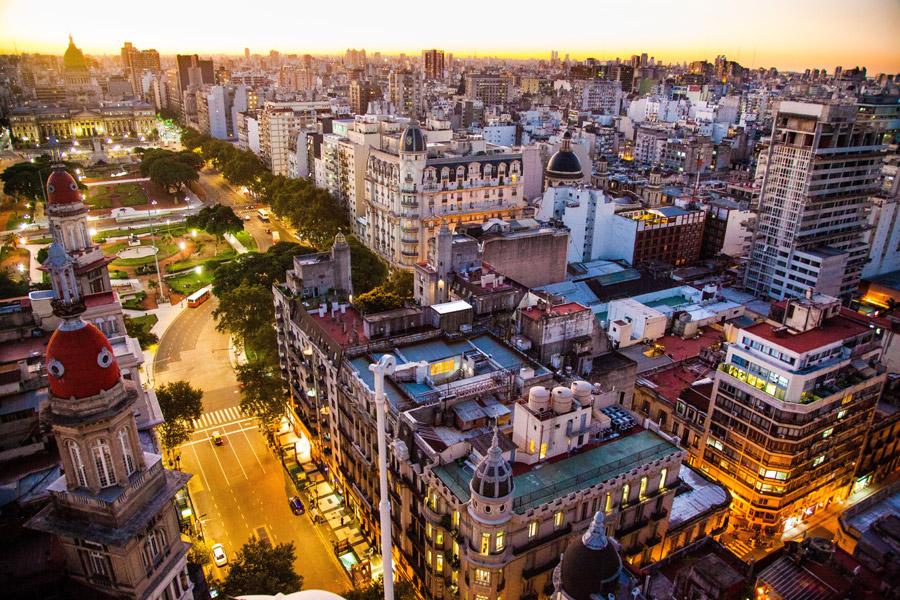 ブエノスアイレス観光のおすすめスポット!『ラボカ』や墓地が人気!