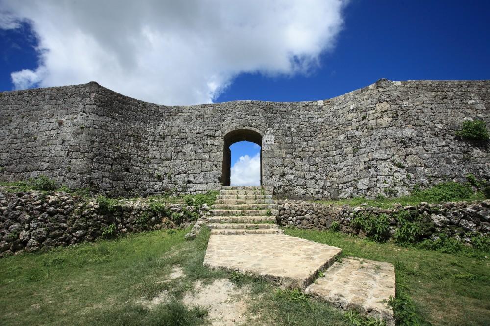 「中城城跡」は世界遺産!見どころや入場料・駐車場についてもご紹介!