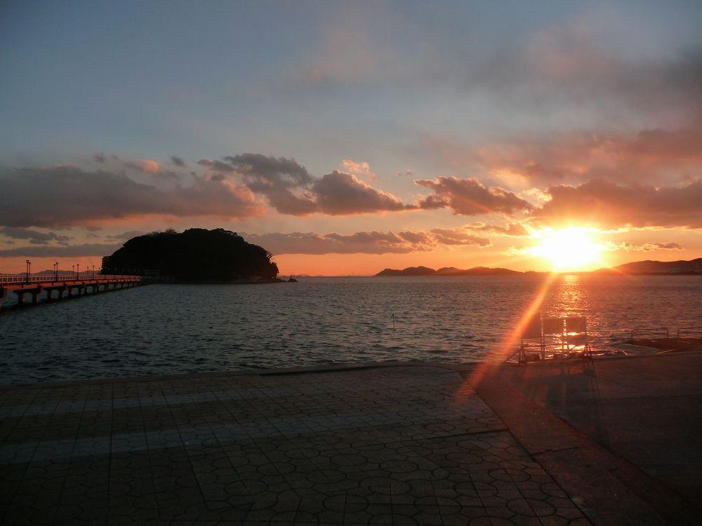 蒲郡市・竹島への行き方は?神社をはじめ水族館などの周辺スポットも見逃せない!