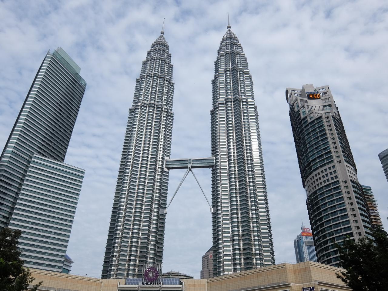 マレーシア観光のおすすめを紹介!見所スポットや温泉・ビーチなども!