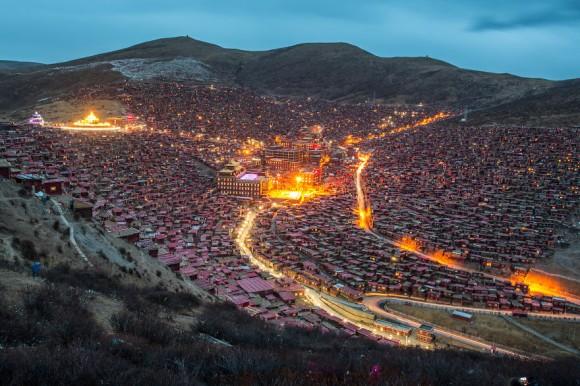 チベット問題とは何?自治区を旅する前に知るべき事と注意点まとめ!