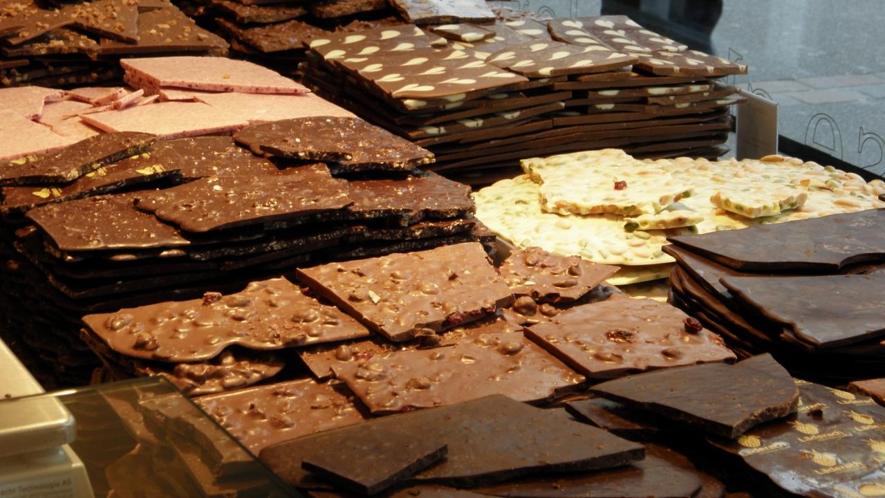 スイスチョコレートのブランド特集!リンツ・レダラッハはお土産にも最適!