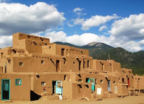 ニューメキシコ観光で名所などおすすめを紹介!お土産や治安情報もお届け!