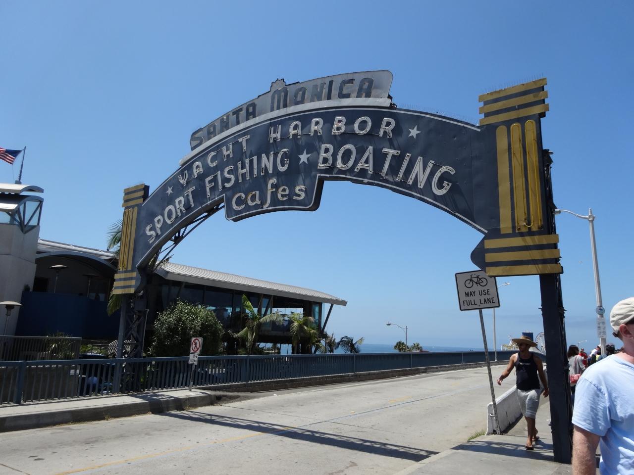 サンタモニカの観光はココ!周辺の人気スポットやおすすめのビーチも