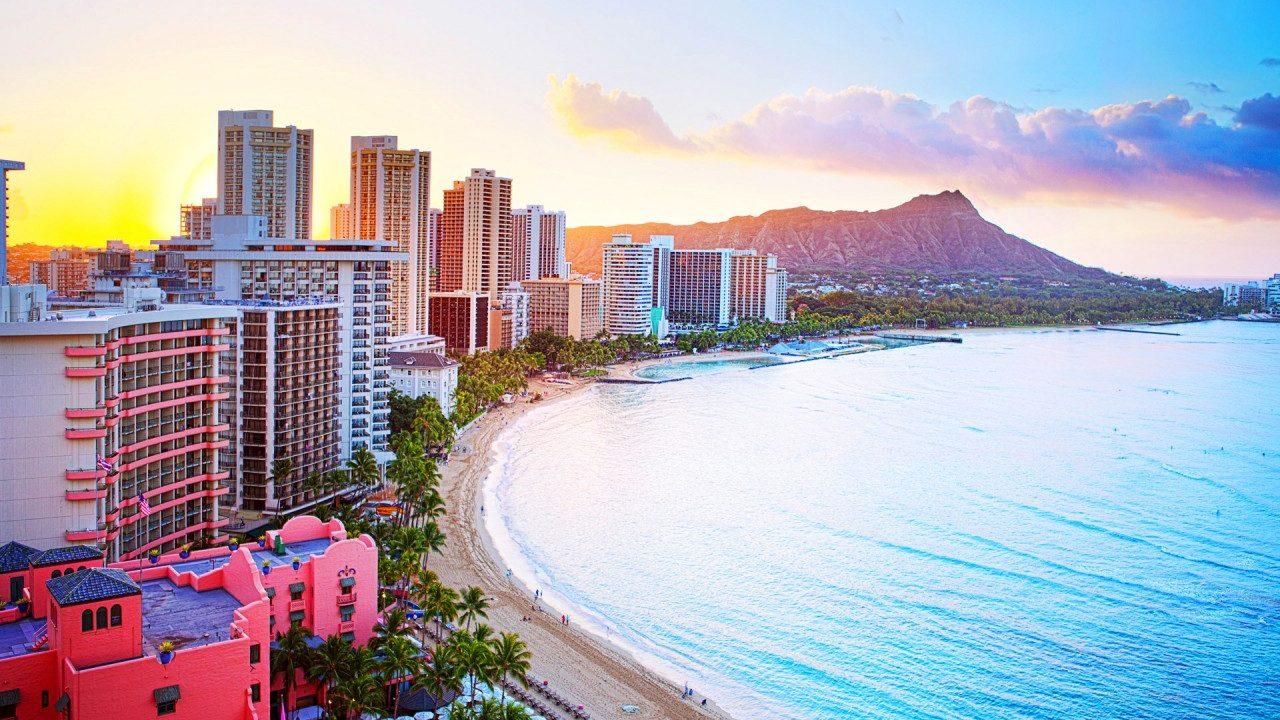 ハワイのおすすめホテルランキング!ハネムーンや家族旅行にも!