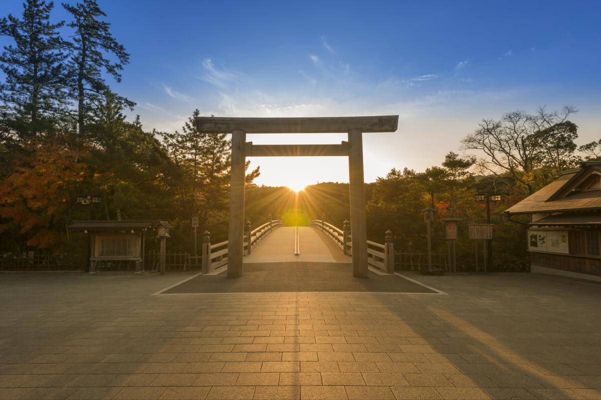 関西のパワースポット巡り2017!神社や自然からパワーをもらおう!