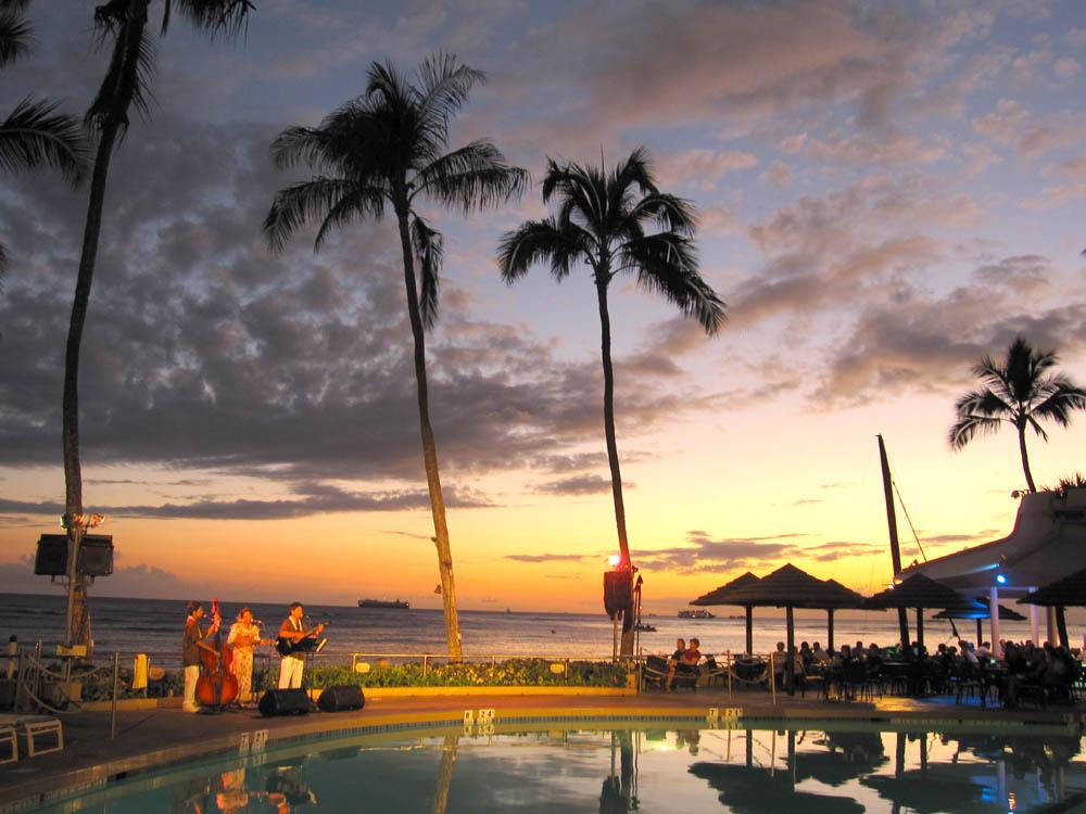 ハワイの気温は温かい?雨が多い時期は?旅行のベストシーズンを調査!