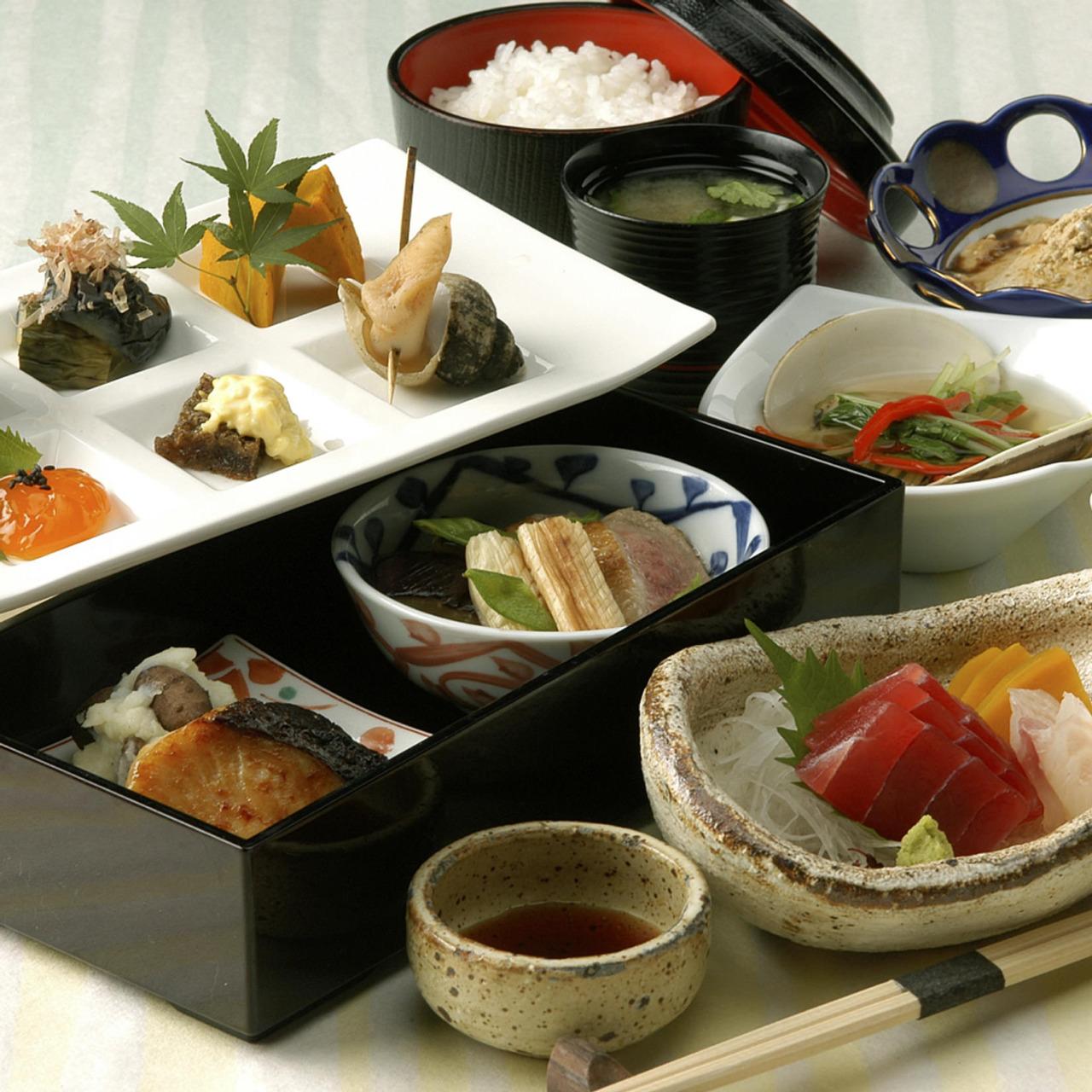 新宿で和食ランチをゆっくり楽しむ!人気の名店もお手頃価格で!