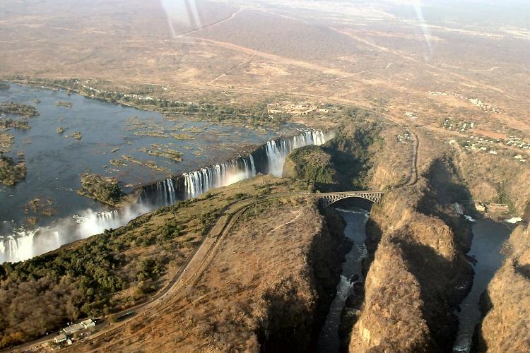 ジンバブエの観光スポット厳選!おすすめの遺跡や首都!世界遺産もあり!