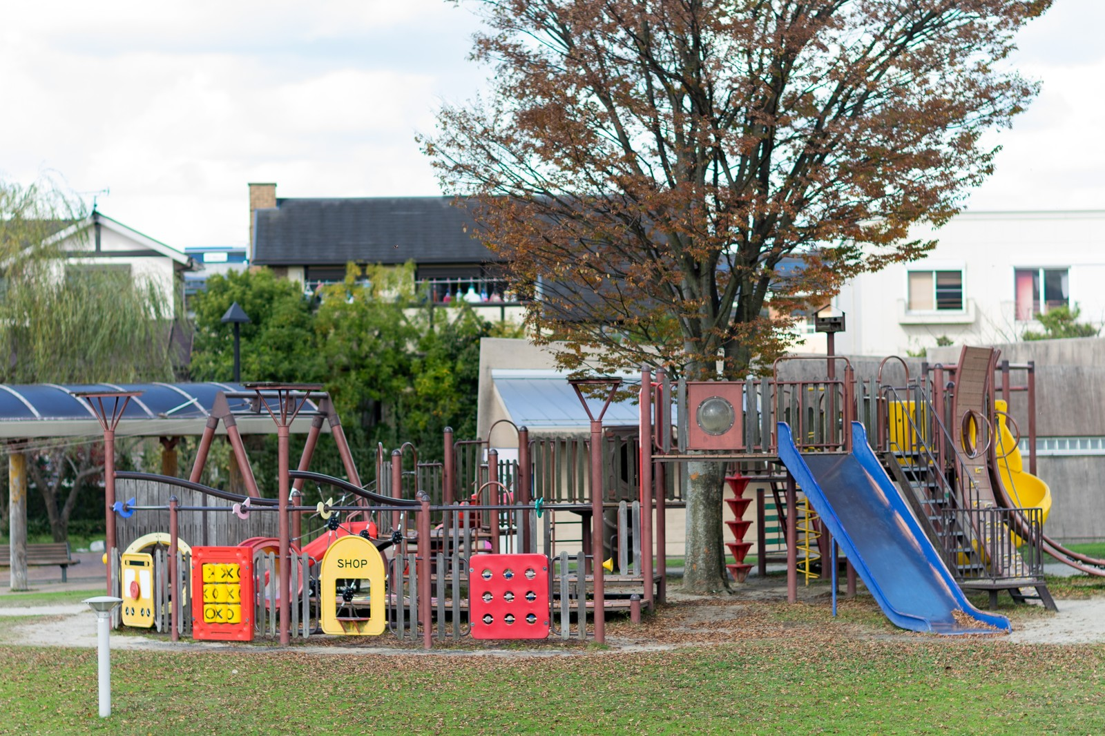 関西のおすすめ公園で子供と遊ぼう!人気の遊具や水遊びも楽しい!