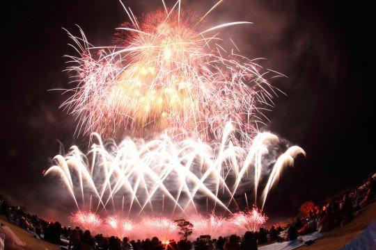 関西の花火大会2017!日程は?おすすめの場所や穴場も教えます!