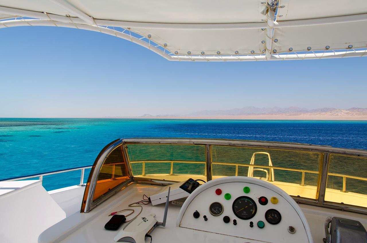 紅海はアラビアの人気ダイビングスポット!まったりリゾートステイもおすすめ