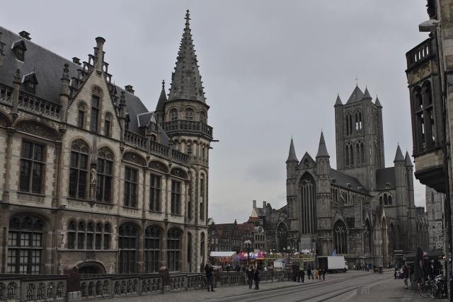 ベルギーの観光おすすめはココ!グルメやお土産・行き方も紹介!