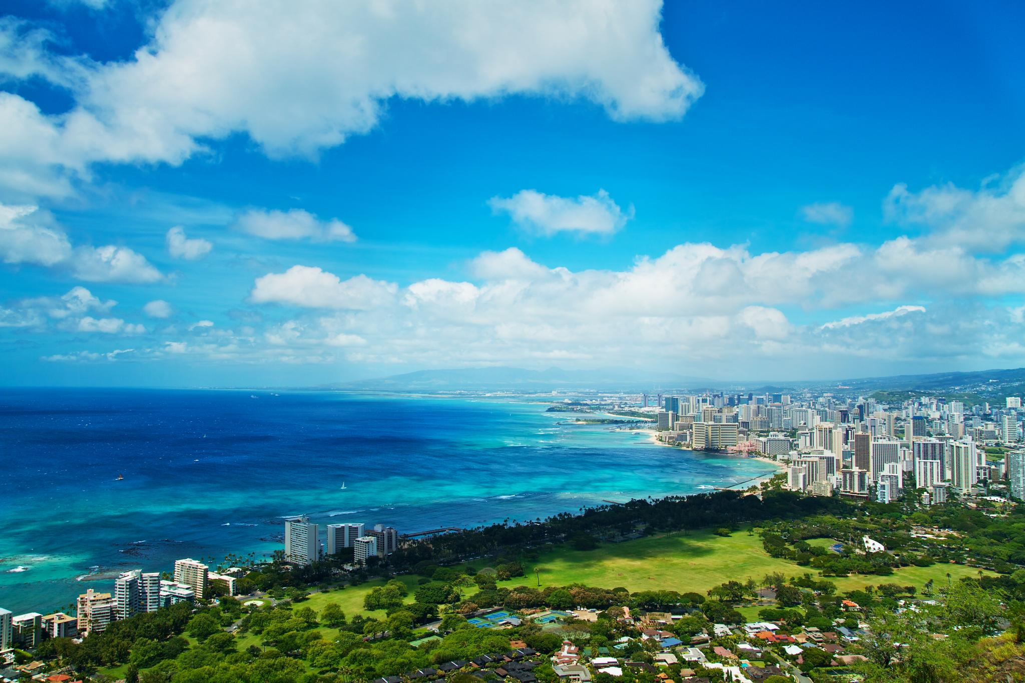 ハワイ旅行が安い時期はいつ?飛行機代の最安値はどれくらい?