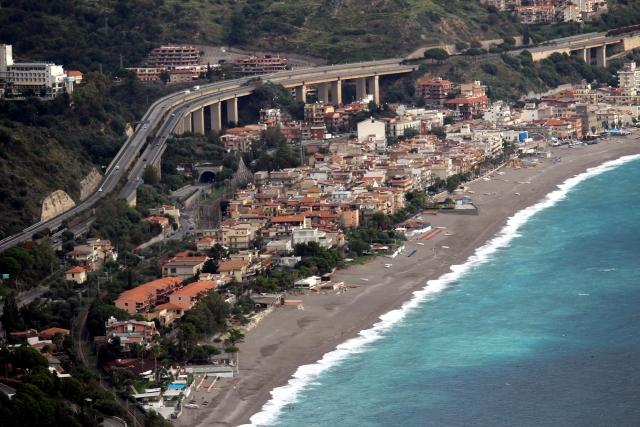 シチリア島を観光!治安や行き方は?温暖な気候で旅行にも人気!