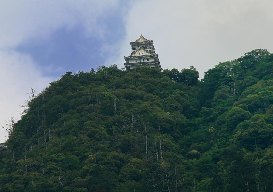 会津若松城「鶴ヶ城」で歴史を学びながら観光しよう!白虎隊の物語とは?
