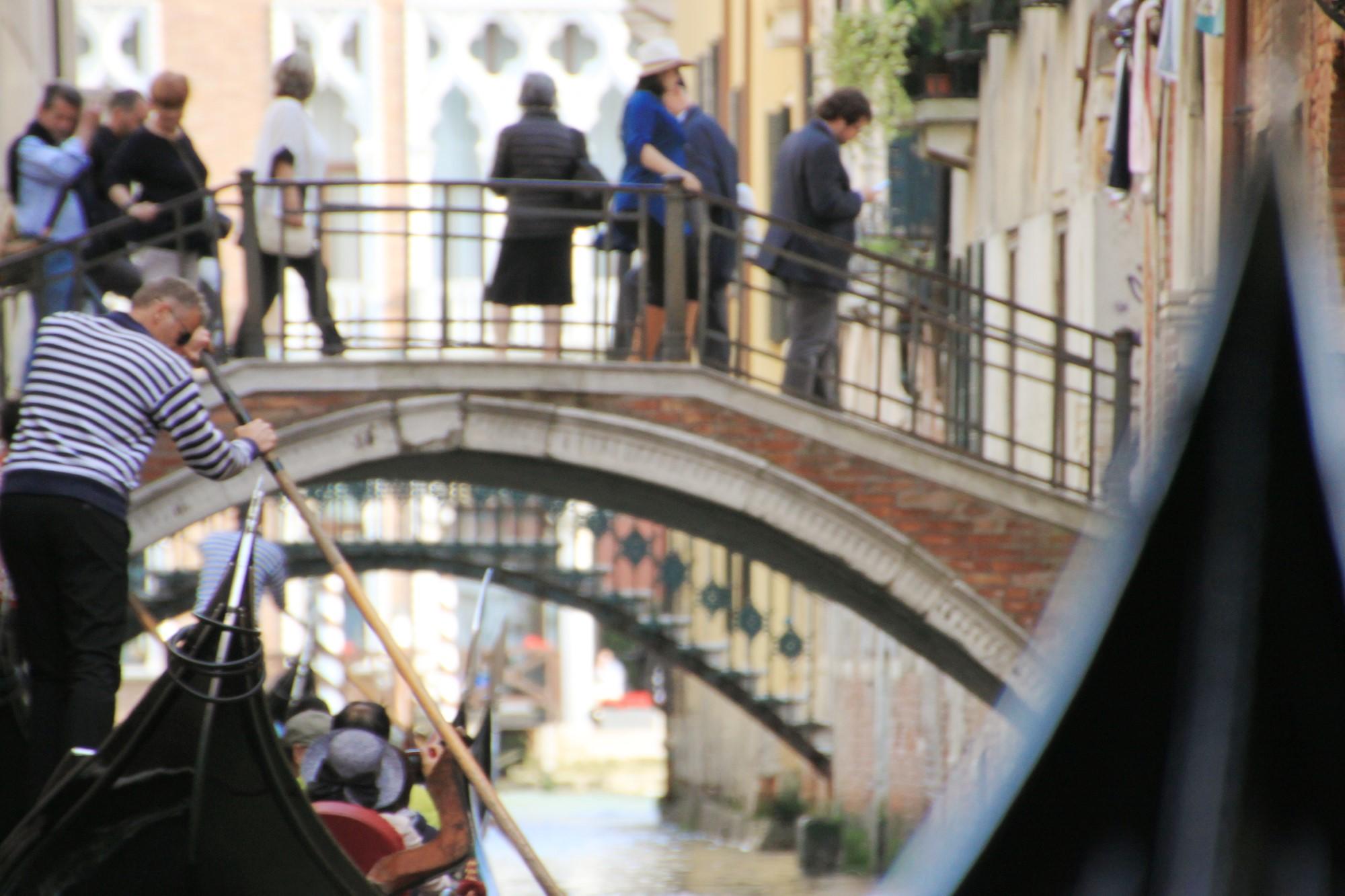 イタリア・ベネチア観光のモデルコース!ゴンドラ乗船がおすすめ!