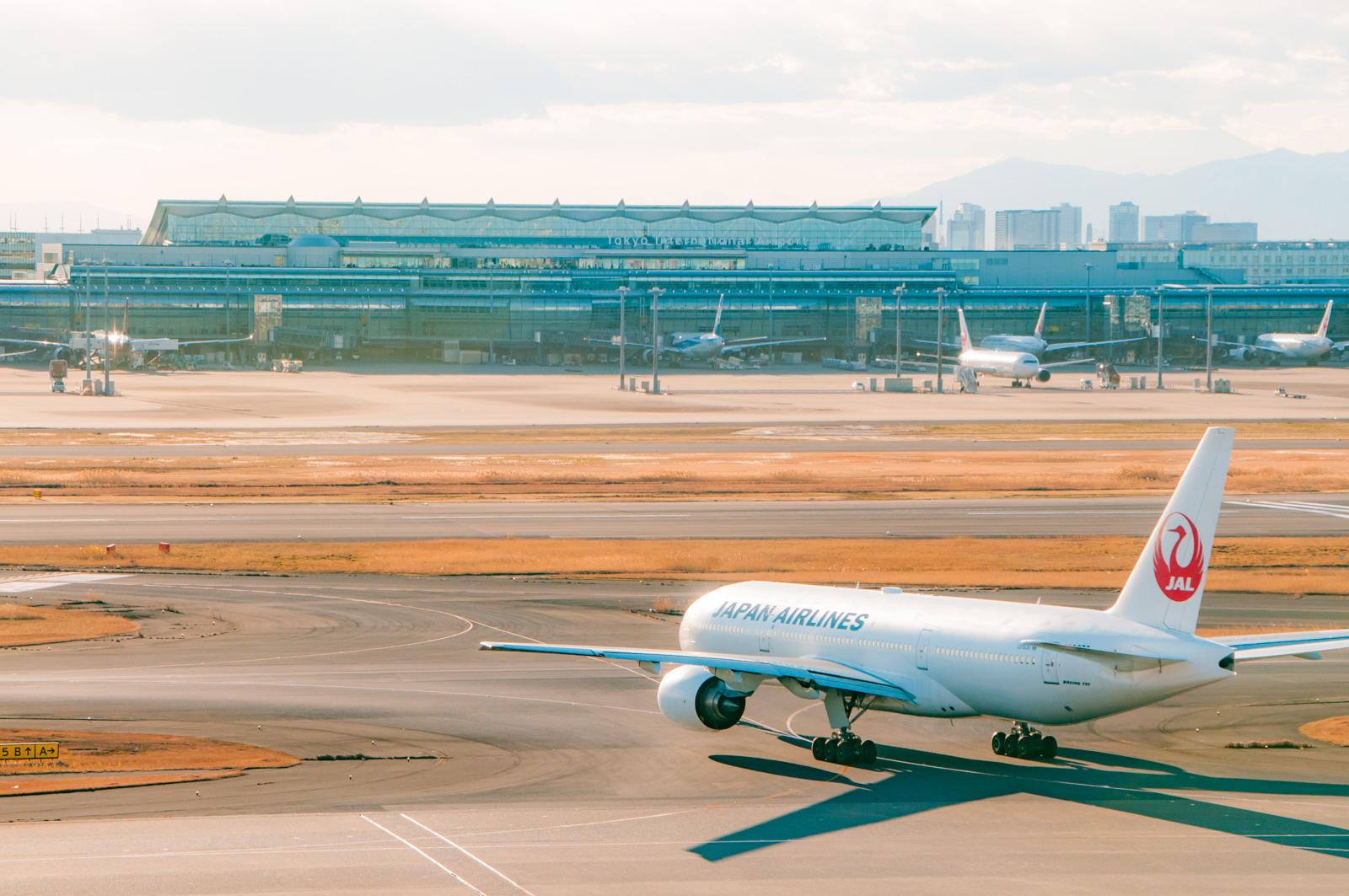 ニューアーク空港の魅力を調査!マンハッタンへアクセスから免税店情報まで