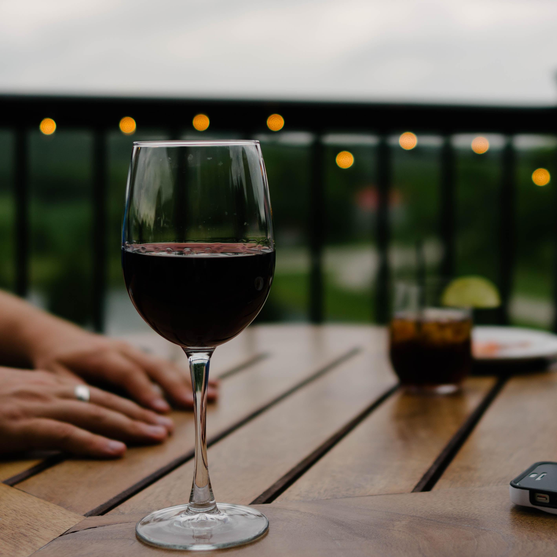 イタリア・オルヴィエートの見どころ!ワインの産地でも有名な丘上都市!
